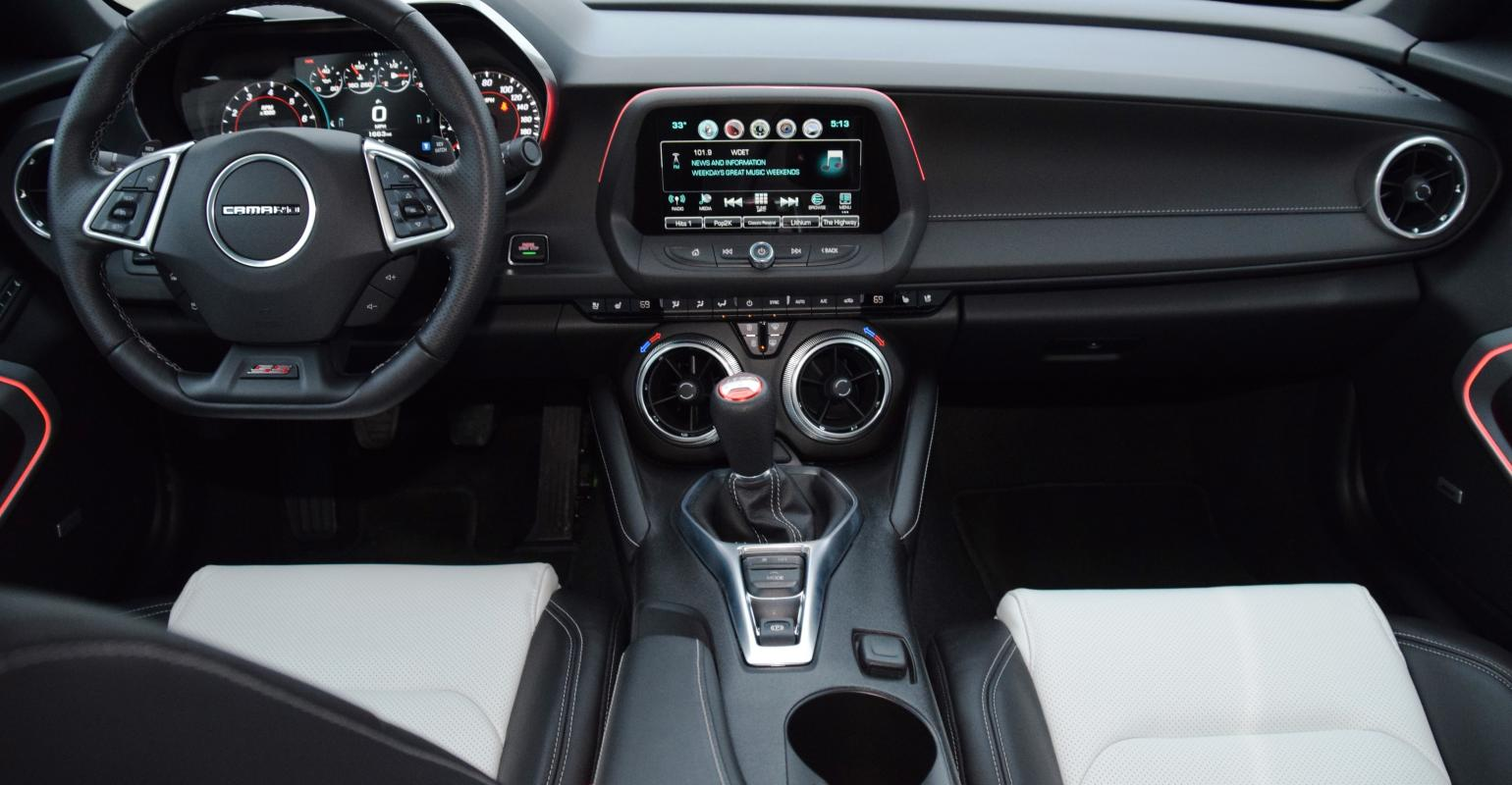 2020 Chevrolet Camaro LT1 Coupe Interior Review - Seating ...