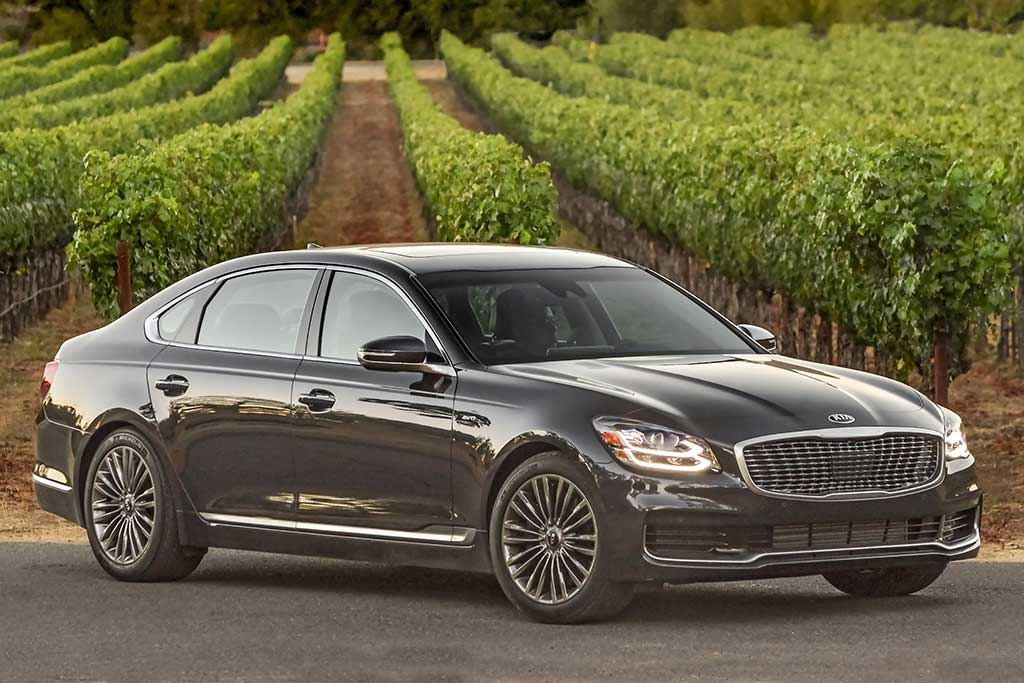 2021 Kia K900 Review Pricing Specs Performance Features And Rivals