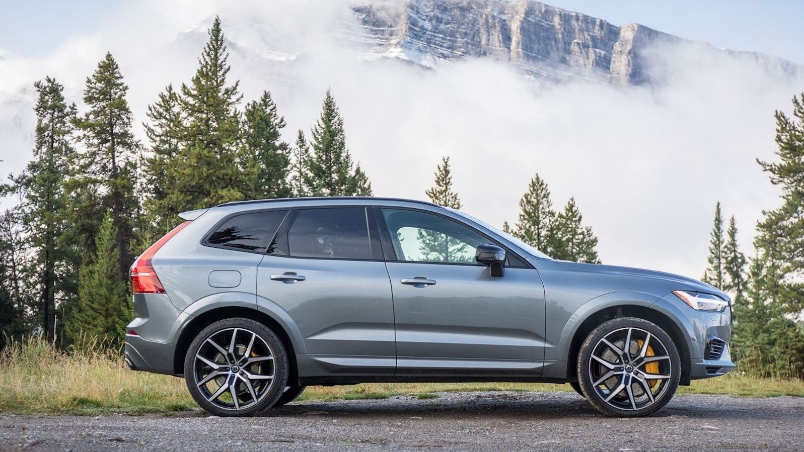 2021 volvo xc60 review release date feature upgrades