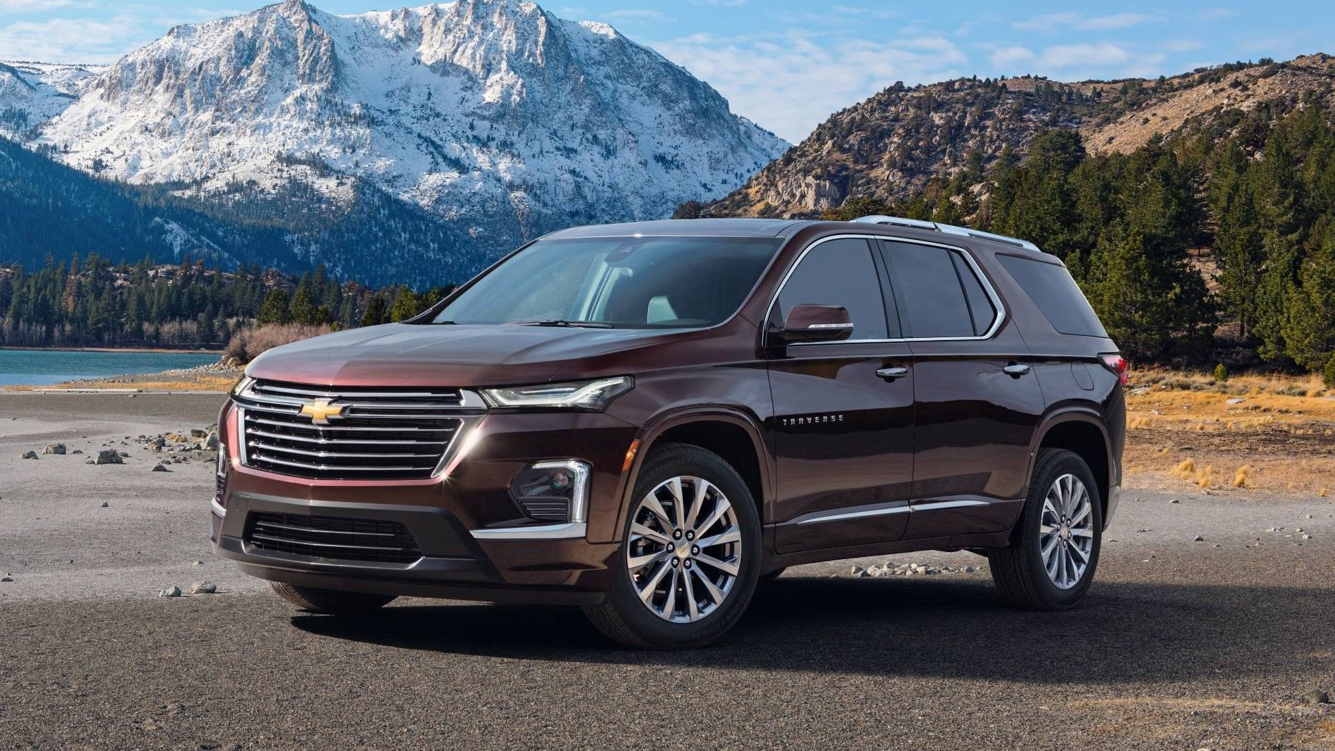 2021 chevrolet traverse review: trims, prices, features