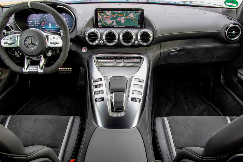 2021 Mercedes-Benz AMG GT C Coupe Interior Review ...