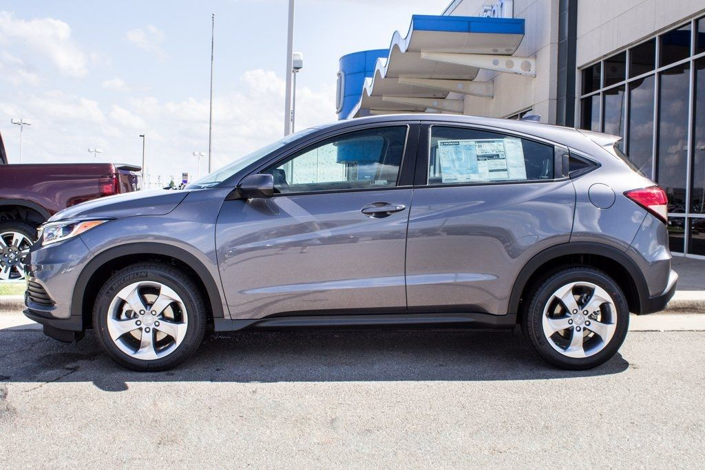 2021 honda hr-v lx review: price, performance, features
