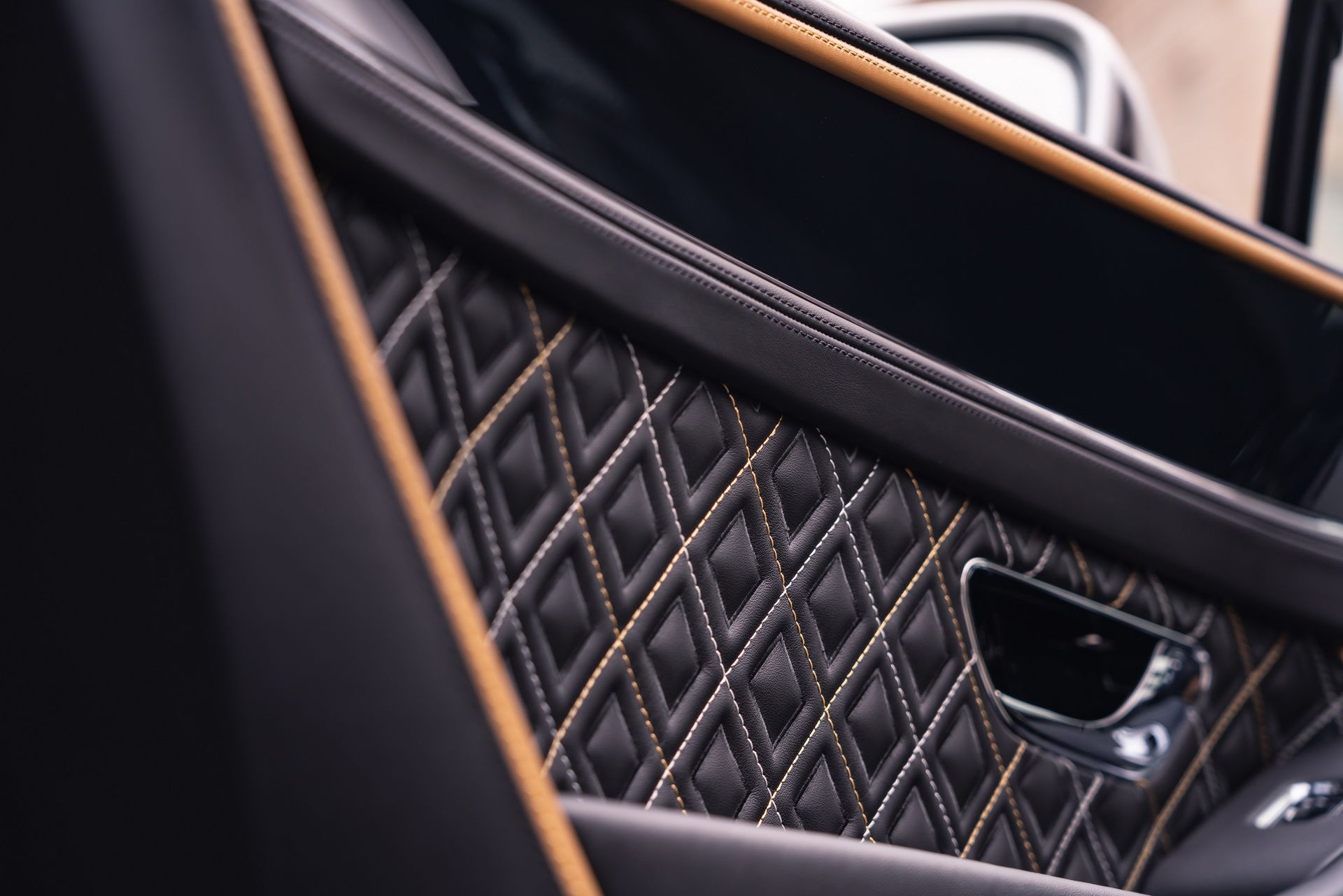 2021 Bentley Continental GT Mulliner Coupe Interior