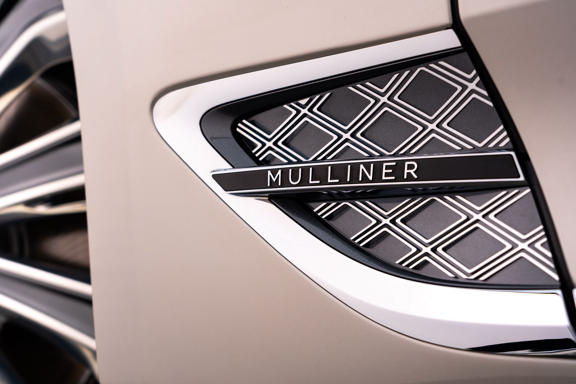 2021 Bentley Continental GT Mulliner Coupe Badge