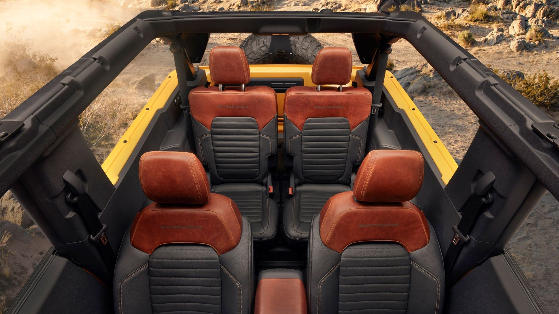 2021 ford bronco 2 door interior