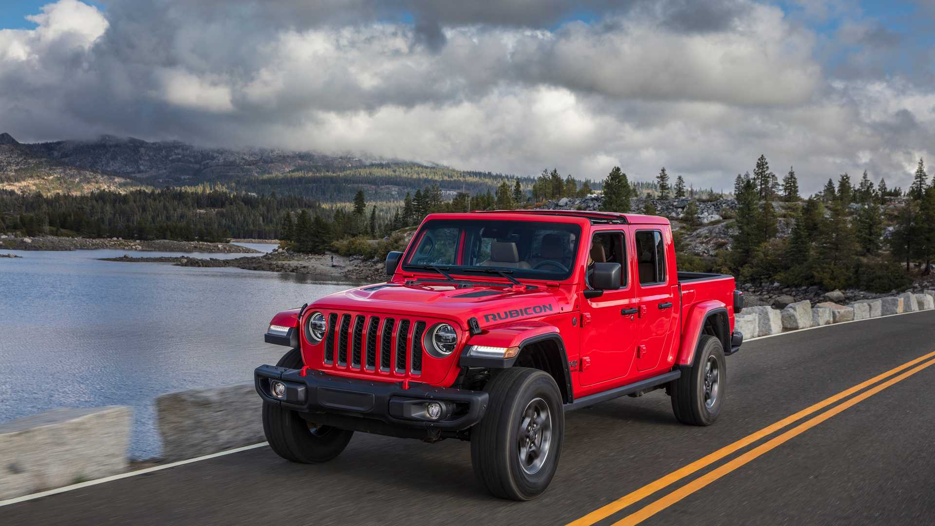 2021 jeep gladiator ecodiesel review price mpg features