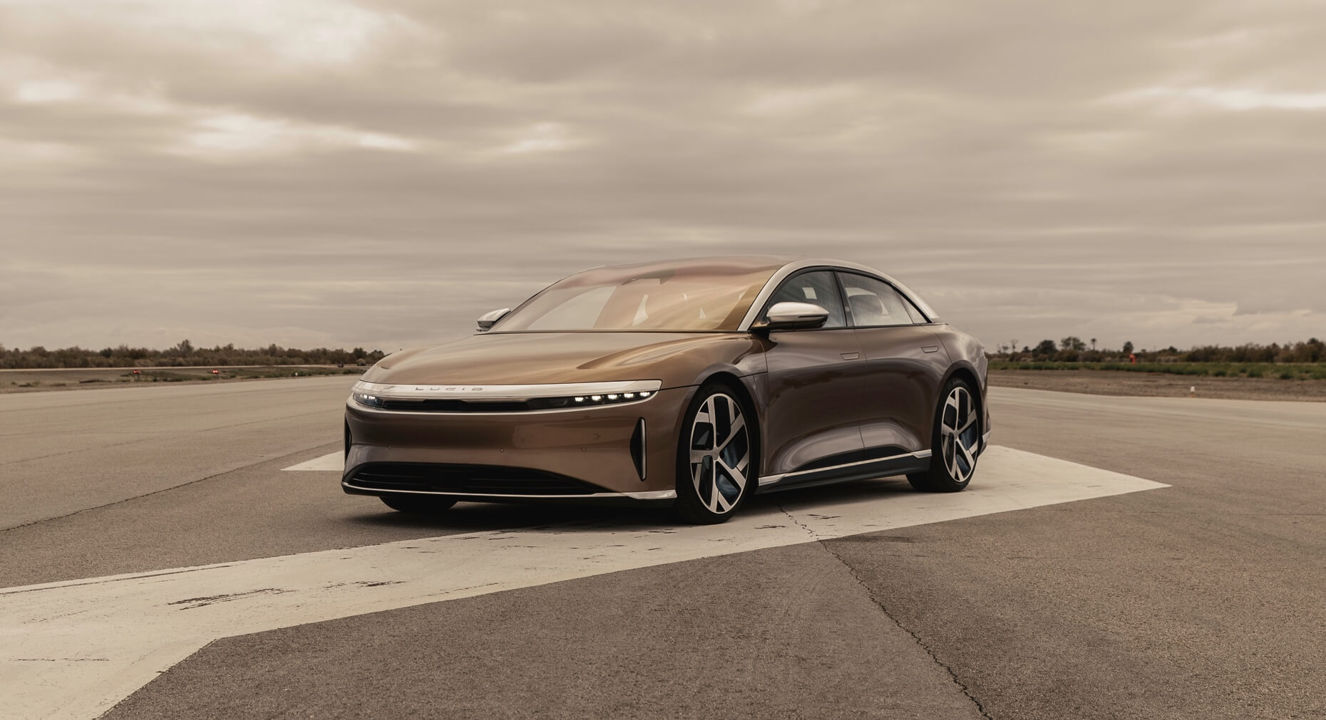 2021 Lucid Air Sedan Front View