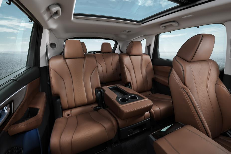 2022 Acura MDX First Look interior images