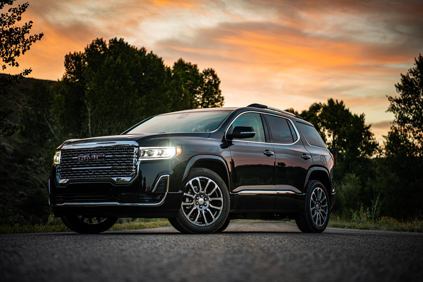 2022 GMC Acadia Preview- Expected Launch Date, Price, Features, Interiors & Rivals