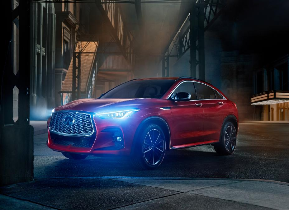2022 Infiniti QX55 First Look three quarter view