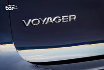 2021 Chrysler Voyager Badging