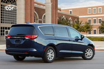 2021 Chrysler Voyager Rear 3 Quarter View