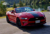 2020 Ford Mustang GT Convertible Third Quarter View